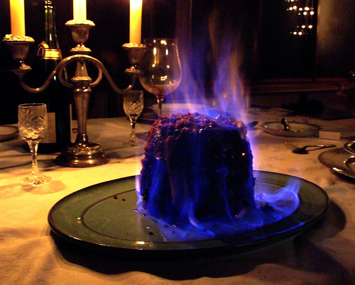 Christmas-Pudding-Flaming