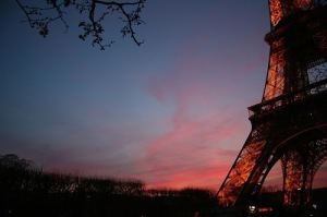 the-eiffel-tower-sunset